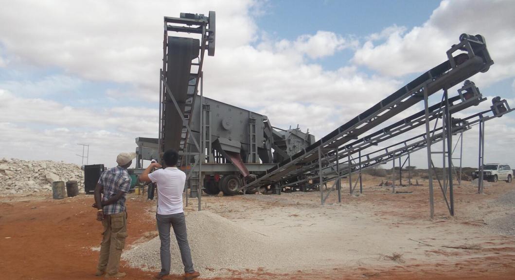 坦桑尼亚时产200吨移动碎石生产...